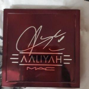 Eyeshadow palet MAC